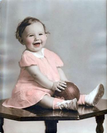 About 1937 Sally Ann (Kusek) Hurley. (Courtesy of Sharon Goralski)
