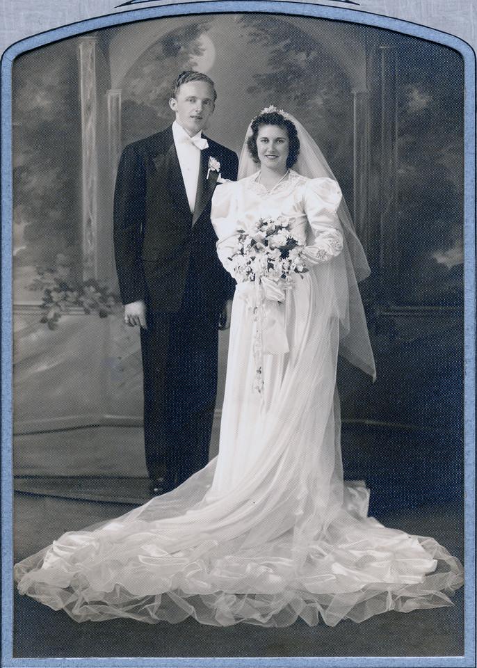 Undated Unknown man and Anne Halak. (Courtesy of Sharon Goralski)