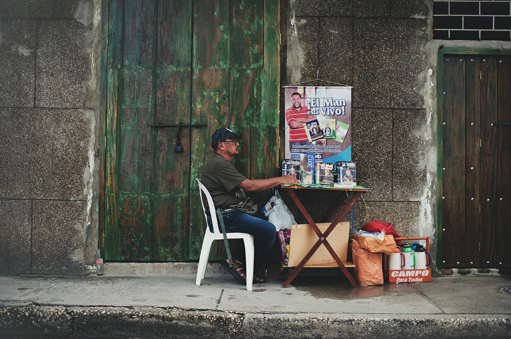 Salesman on the streets of Cartagena, Colombia