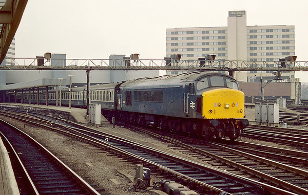 45137 pulss away from Leeds station on an unidentified working, --/03/86