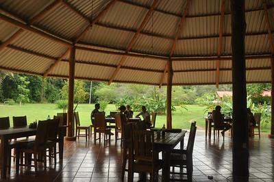 Osa dining area