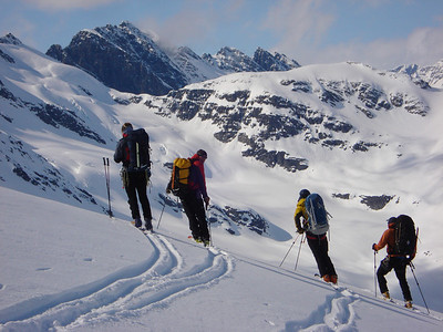 Pausing before the descent to the Hoodoo Glacier