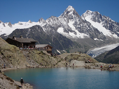 Lac Blanc and the hut at the end of our climb of the Crochue