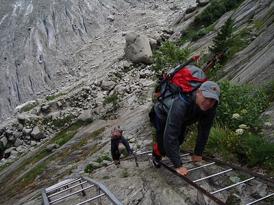 Descent to the Mer de glace for some glacier skills training