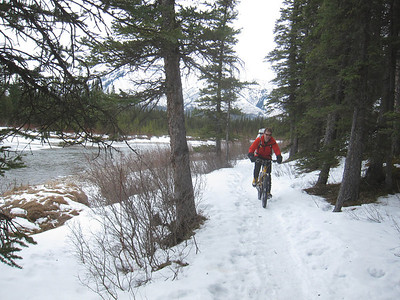 Biking back to Banff after Professors Fall