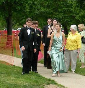 N2892-06-03-05-Senior-Prom