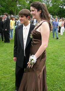N2896-06-03-05-Senior-Prom