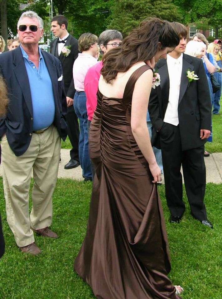 N2908-06-03-05-Senior-Prom