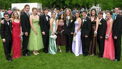 N2925-06-03-05-Senior-Prom