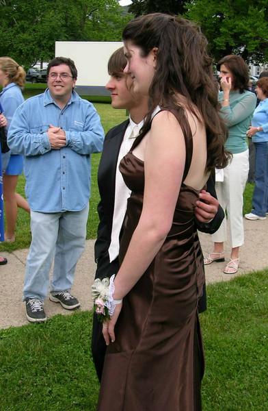 N2904-06-03-05-Senior-Prom