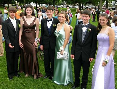N2916-06-03-05-Senior-Prom