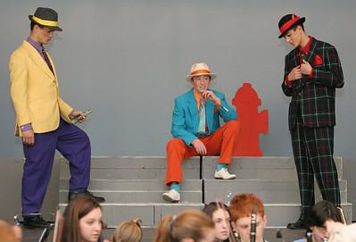 034 GHS-Guys-Dolls Rehearsal-jlb-03-29-06-2048f