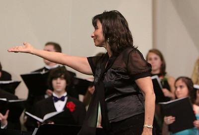GHS Final Choral Concert-jlb-05-28-09-2391f