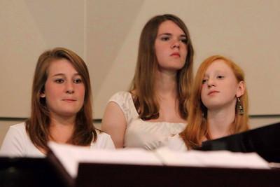 GHS Final Choral Concert-jlb-05-28-09-2359f