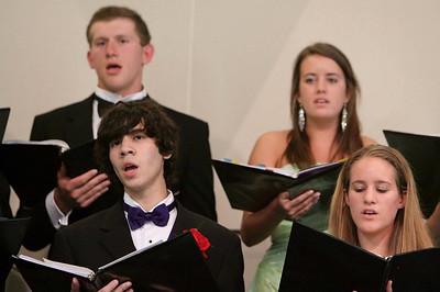 GHS Final Choral Concert-jlb-05-28-09-2384f