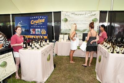 Shoreline Wine Fest-jlb-08-11-13-8655