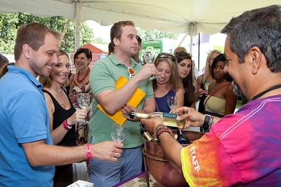 Shoreline Wine Fest-jlb-08-11-13-8635