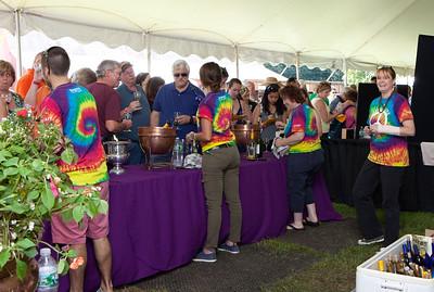 Shoreline Wine Fest-jlb-08-11-13-8645