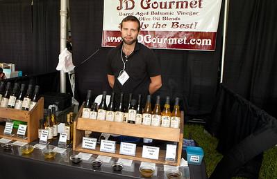 Shoreline Wine Fest-jlb-08-11-13-8678