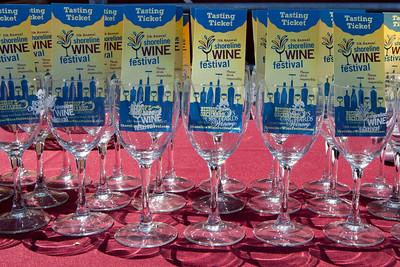Shoreline Wine Fest-jlb-08-11-13-8626