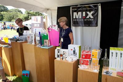 Shoreline Wine Fest-jlb-08-11-13-8668