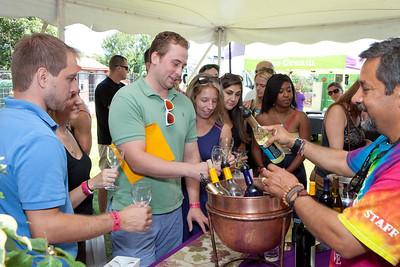 Shoreline Wine Fest-jlb-08-11-13-8634