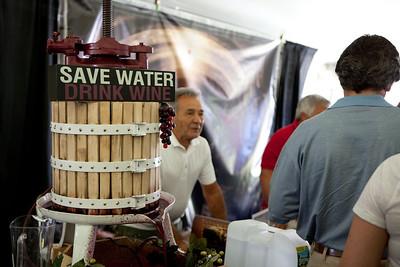 Shoreline Wine Fest-jlb-08-11-13-8653