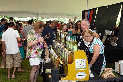 Shoreline Wine Fest-jlb-08-11-13-8689