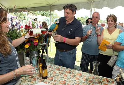 Shoreline Wine Fest-jlb-08-11-13-8672