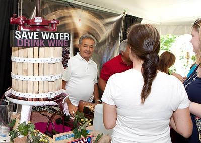 Shoreline Wine Fest-jlb-08-11-13-8654