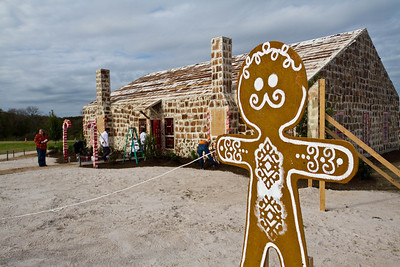 The largest gingerbread house had an internal volume of 1,110.1 m³ (39,201.8 ft³) and was created by Traditions Club (USA) at Traditions Club, Bryan, Texas, USA on 30 November 2013.  All rights reserved Guinness World Records