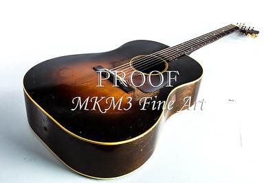 400.1834 Gibson J45 In Color