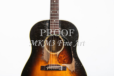 413.1834 Gibson J45 In Color