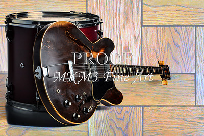 Gibson Guitar Image and Drum 1744.007