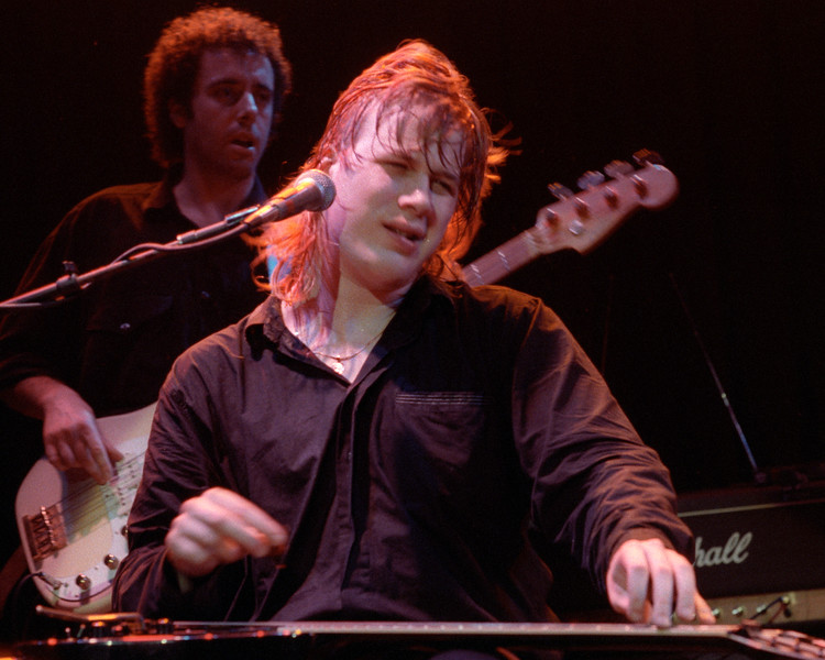 Jeff Healey performs at the Warfield Theater in San Francisco on September 9, 1990.