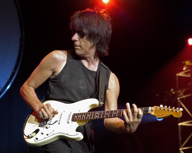 Jeff Beck performs at the Condord Pavilion in Concord, CA on 8-1-03 as part of his summer tour with B.B. King.