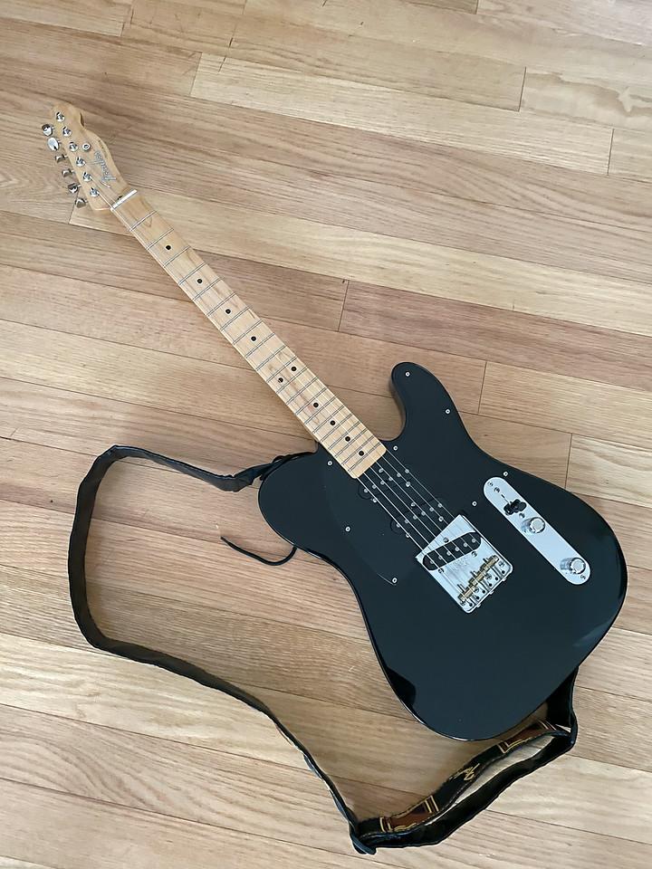 Fender%20Modern%20Player%20Tripe%20Telecaster-X2.jpg