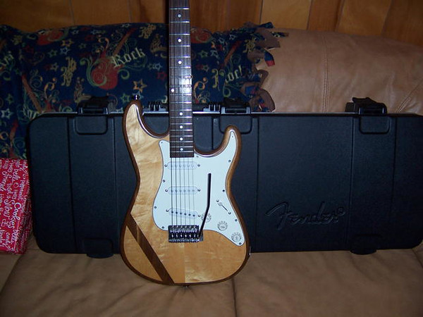 "Stratocaster clone, nicknamed the ""Grateful Dead Guitar"""