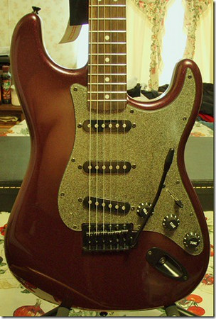 2014 Squier Strat in Metallic Purple