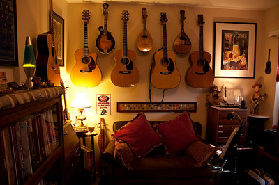 Martin guitars on the walls from left to right:  OM-30DB Pat Donohue, M-18VME Maple/Adirondack custom, OM-35,  America's Guitar 175th Anniversary dreadnaught, 1950 000-18.