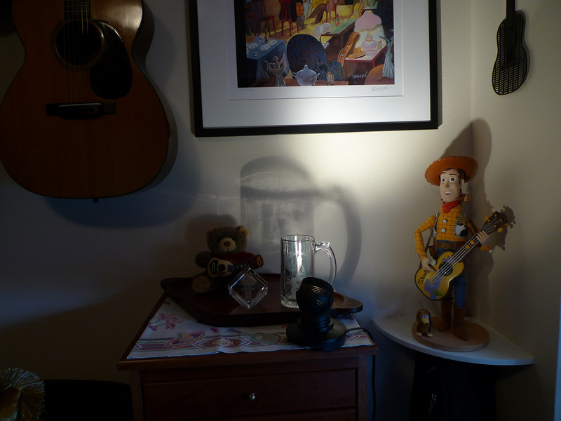 Woody only knows Randy Newman songs. Fretty's been trying to convince him to upgrade to a Martin.