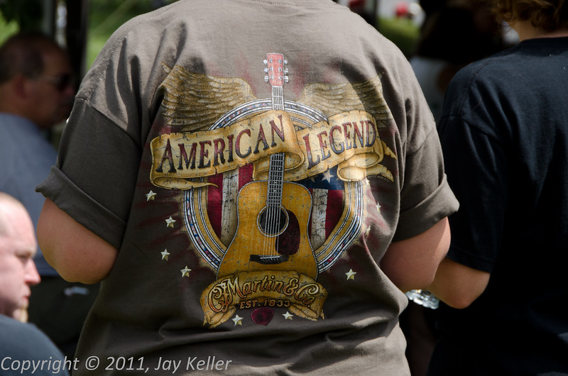 Not a UMGFer, but when I see a shirt this cool I press my shutter-release.