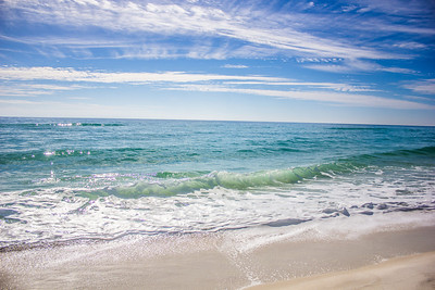 Midday at world-renowned Pensacola Beach, Florida.