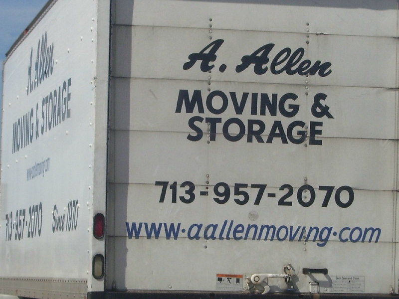 AA06MR-0: Terry Buelow took this photo in the Austin TX area - Alan didn't know he had a local moving company named after him :-)