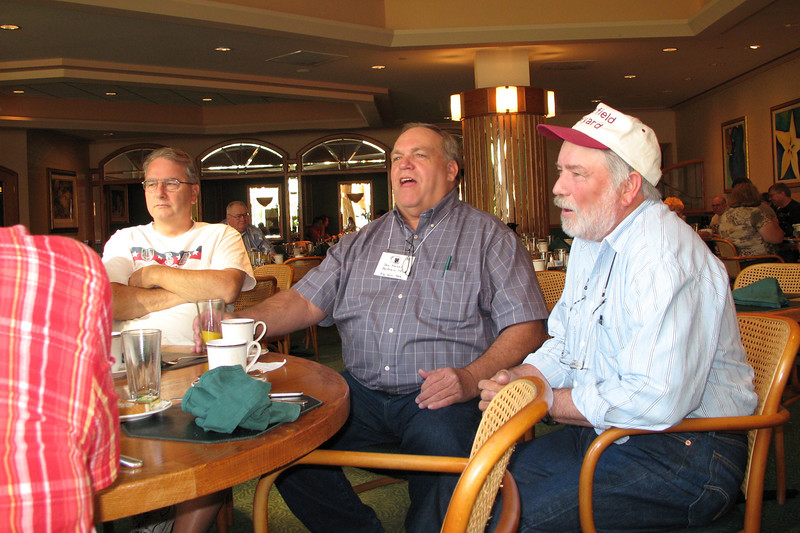BR17: Frank Kelly (his wife Sue is the sister of 2nd plt Gunfighter Brian Durr), center is Don Kaiser and right is Bill Wendover,