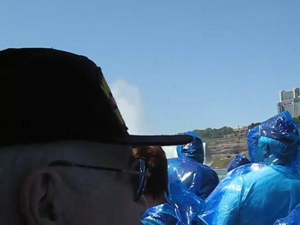 BR-Vidio1: Reunion tour on the Maid of the Mist at Niagara Falls