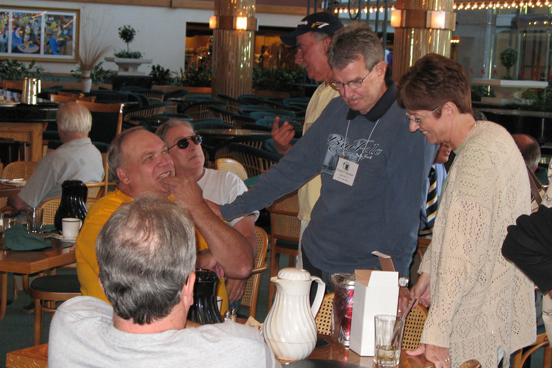 BR07: Don Kaiser (yellow shirt) , Joe Gamache, Gary LaRussa (with hat) and Don and Jan Hammett