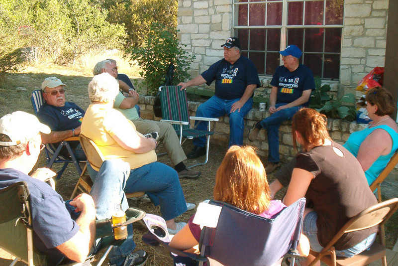 08MR-27: Clockwise from Paul (shades) and Jill Senick at 9 o'clock, John Carlson in green shirt, Joe Gamache behind Carlson, Don Kaiser and Fommy Foley in t-shirts and caps, Terri Buelow in blue blouse, Alison and Cindy Boetsch, and Larry Boetsch.