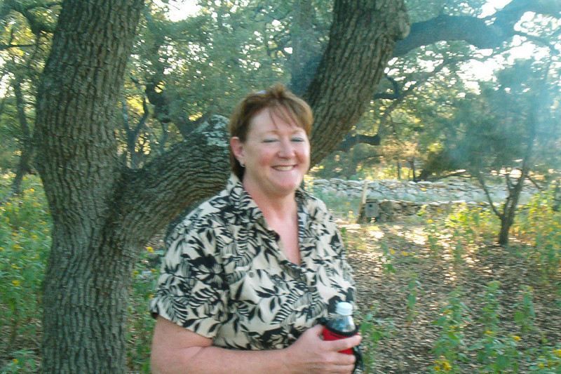 08MR-17: Terri Buelow came down with husband Terry, and did yeoman's work in the kitchen. Without her it wouldn't have been nearly as much fun (or as clean). She also stole some cow-tongue cactus from one of Allen's neighbors, and we anxious to know how it's doing. Thanks Terri.