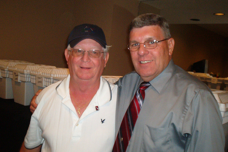 JR43: Marvin Tabb (1st Plt, TN), and Bob Moles (4th Plt, MO), enjoyed the reunion.